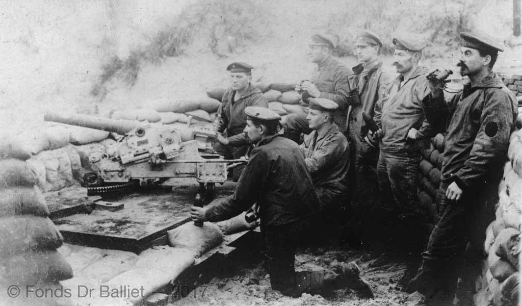 http://www.artillerie.info/Image-server/6-cm-bts-K-L21-Bootslafette-1.jpg
