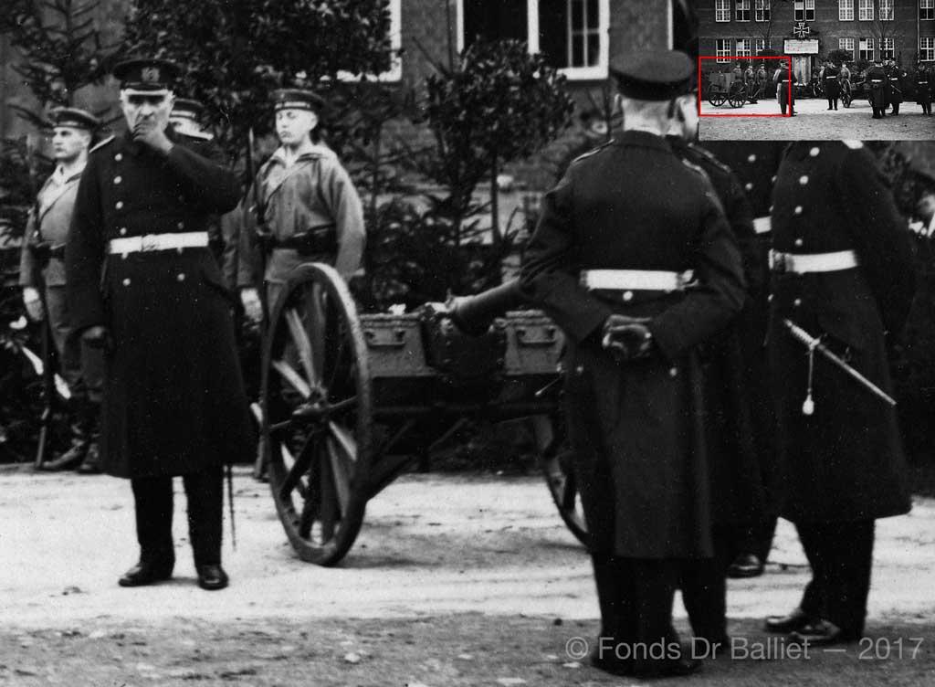 http://www.artillerie.info/Image-server/6-cm-bts-K-L21-Landungslafette-1r.jpg